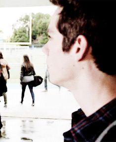 Lily und Dylan besuchen die gleiche Highschool und sind beide in der … #zufällig # Zufällig # amreading # books # wattpad