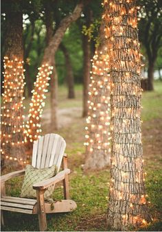 Outdoor lighting is cost-efficient and pretty! Nocatee has lots of stylish exterior decor ideas on the Blog! #outdoor #decor