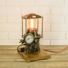 Steampunk lamp / industrial lamp / edison lamp / steampunk | Etsy Lampe Steampunk, Style Steampunk, Lampe Retro, Retro Lamp, Unique Table Lamps, Rustic Lamps, Lampe Edison, Style Loft, Wood Chandelier