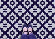 This large graphic patterned blue tile is a great way to add dynamic colour into a space - without spending a fortune! (Casablanca Flooring)