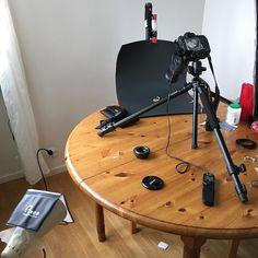 Setting up the home studio for my next blog post at www.iwip.eu #iwipeu #studio #studioshoot #studiosession #photo #photoshoot #macros #macro #photoprep #homestudio #blog #blogg #blogphotography #blackandwhite