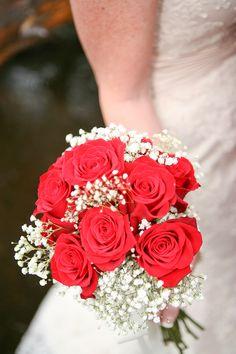 Rustic Molly Butler Lodge Red & White Wedding  Photo by:  minsonweddings.com/