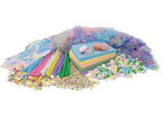 his great value pastel craft kit includes pastel coloured felt, pom poms, sequins, patty pans, pipe cleaners, feathers, buttons and paper shred. This kit is essential for Easter & Mother's Day classroom craft activities. This wide range of materials is great for collage activities. The materials included in this kit are also great for making Easter bonnets or baskets in beautiful pastel colours including pink, purple, yellow, blue, green, orange and white. Kit contents may vary.