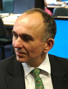 Peter Molyneux - Creator of Fable, Black and White, and Populous Peter Douglas, Dungeon Keeper, Game Programmer, Gaming Magazines, University Of Southampton, Sims Games, Big Letters, Queen Of England