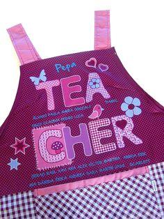 Estola para maestra personalizada con su nombre y el de sus alumnos