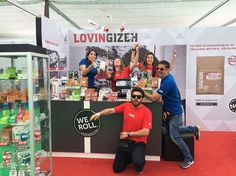 The Gizeh team at our awesome booth at Expoweed 2016 in Santiago de Chile. They had at least as much fun as the visitors :) #WEROLL #GIZEH #Expoweed #Expoweed 2016 #Rollingpapers #Fun #Chile
