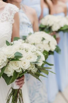 Moody Blues AVAM Baltimore Wedding - United With Love | Urban Row Photography | All White Roses Bouquet | White Rose Bridal Bouquet