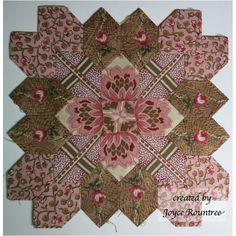 Lucy Boston POTC block designed & created by Joyce Rountree. Such great fabric to fussy cut with!