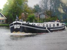 Houseboat Animo