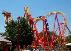 FREE admission for active duty, VETERANS, and retired military, and a great military discount admission price for up to SIX family members to Kings Island during Memorial Day Weekend (May 27 - 30). For more details about this salute directly from the Kings Island website, click the Memorial Day Discount Information link on our detailed listing. While on our site, leave a review for this, or any of the over 100,000 local and national businesses listed there.