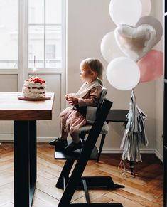 HAPPY BIRTHDAY to all 🎂! Stokke wishes them to create happy moments with is the month when love is in the air but babies surely feel the love around them every single day! Industrial Dining Chairs, Farmhouse Dining Chairs, Tripp Trapp Chair, Best High Chairs, Cute Desk Chair, Tommy Bahama Beach Chair, Office Chair Without Wheels, Egg Chair, Swivel Chair
