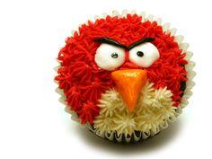 Angry bird cupcake :)