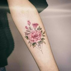 Flower tattoo with geometric pattern – tattoo tatuagem - diy tattoo images Diy Tattoo, Tattoo Fonts, Tattoo Guys, Tattoo Quotes, Trendy Tattoos, Unique Tattoos, Small Tattoos, Amazing Tattoos, Model Tattoo
