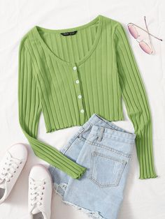 Cute Comfy Outfits, Girly Outfits, Pretty Outfits, Stylish Outfits, Kpop Fashion Outfits, Girls Fashion Clothes, Aesthetic Shirts, Aesthetic Clothes, Jugend Mode Outfits