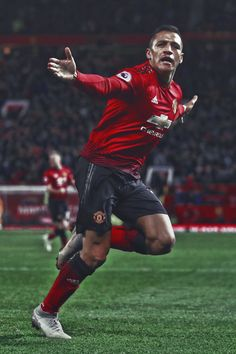 Manchester United Wallpaper, Manchester United Team, Cristiano Ronaldo And Messi, Beckham Football, Man Utd Fc, Alexis Sanchez, Premier League Soccer, Best Club, English Premier League