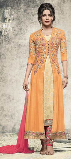 Buy this attractive Priyanka Chopra Designer Salwar Kameez in US, UK, Canada, Fiji, Mauritius at lowest price. Designer Salwar Kameez, Buy Salwar Kameez Online, Indian Salwar Kameez, Wedding Salwar Kameez, Wedding Sarees, Desi Wedding, Churidar, Wedding Wear, Sarees Online