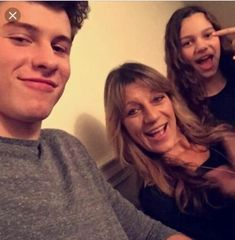 Shawn his mom and little sister Aaliyah