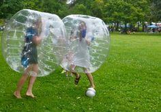 In Europa is Bubbel-voetbal al een populaire wedstrijd. Bv. in Nederland, zijn er 22 clubs die Bubbel-voetbal-wedstrijden kunnen organiseren. Uw merk bubble voetbal - http://www.bubblefootballshop.nl/