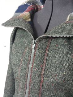 I completed the Minoru Jacket! Of course the minute I finished it, Ohio weather went from nice crisp fall air, to a steaming 80 degrees in a matter of 24 hours. I knew it wouldn't last long, though...