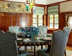 Simple Small Dining Rooms Design