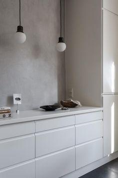 60 Awesome Scandinavian Kitchen Decor and Design Ideas - InsideDecor Minimalist Kitchen, Minimalist Decor, Kitchen Dining, Kitchen Decor, Kitchen Ideas, Country Look, Classic Kitchen, Kitchen Black, Cocinas Kitchen