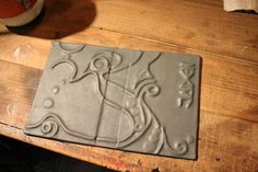 final leather relieve