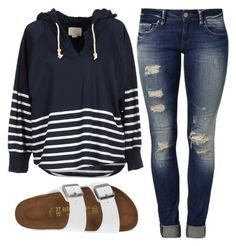 Love the top and jeans but Birkenstock's aren't my thing Teenage Outfits, Cute Outfits For School, Cute Comfy Outfits, Teen Fashion Outfits, Mode Outfits, Simple Outfits, Cute Fashion, Outfits For Teens, Look Fashion
