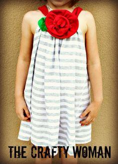 the Crafty Woman: Tshirt to Girlsdress - tutorial - Bildanleitung
