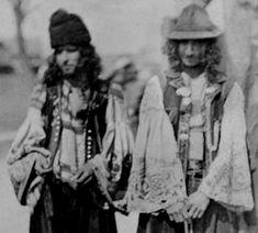 Folk Kalderari men's costume
