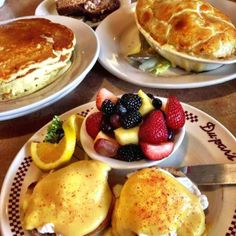 Take your pick. #dupars #eggsbenedict #chickenpotpie #pancakes