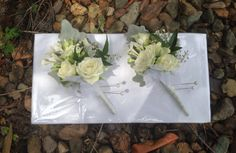 Gorgeous ivory corsages