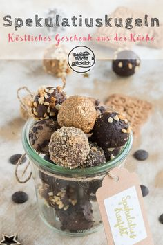 These speculoos are not only absolutely delicious, .- Diese Spekulatius-Pralinen sind nicht nur absolut köstlich, das Spekulatiuskonf These speculoos are not only absolutely delicious, the speculat … – Nature – Fashion – Travel Passion – Craft - Cake & Co, Food Cakes, Confectionery, Christmas Desserts, Christmas Recipes, Appetizer Recipes, Dessert Recipes, Cookie Recipes, Biscuits