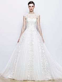 Enzoani Ivy front view