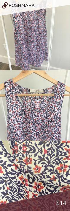 🌸🌸LOFT BLOUSE 🌸🌸 Loft tank blouse. Size medium. Scoopneck semi racer back styling. LOFT Tops Tank Tops