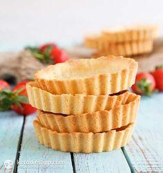 Sweet Keto Pie Crust (low-carb & paleo)