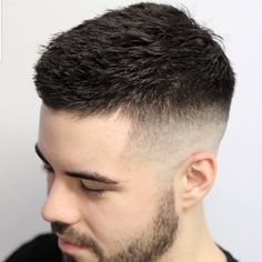 Herrenfrisuren Classic crew cut styled with trendy texture # Mens Hairstyles Fade, Cool Hairstyles For Men, Haircuts For Men, Mens Hair Fade, Cool Short Haircuts, Brown Hairstyles, Anime Hairstyles, Simple Hairstyles, Fringe Hairstyles