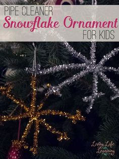 Kids can make their own Christmas ornaments with this easy pipe cleaner snowflake ornament craft