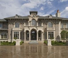 This beautiful French Chateau style mega-mansion is located on Orchard Ridge Drive in Rochester, MI. The home has a garage and a swimming pool with . Futuristic Home, Stucco Homes, Mega Mansions, Rich Home, Beautiful Architecture, Architecture Design, Dream Bathrooms, Florida Home, Ranch Style
