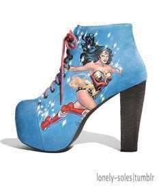 Wonder Woman Shoes, Wonder Woman Comic, Wonder Women, Heeled Boots, Shoe Boots, Shoe Bag, Cute Shoes, Me Too Shoes, Awesome Shoes