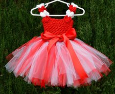 Hey, I found this really awesome Etsy listing at https://www.etsy.com/listing/217705426/crochet-valentines-tulle-tutu-dress