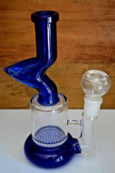 Glass Water Pipe with honeycomb percolator Bong - Water Pipes, Glass, Silicone Smoking Pipes & Jewelry Pipes For Sale, Glass Water Pipes, Bongs, Honeycomb, Cleanse, Herbalism, Smoke, Top, Herbal Medicine