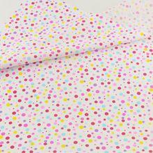 Punto de Color de Algodón Acolchado de Tela Patchwork Scrapbooking Costura Muñeca de Tela Ropa de Cama Textiles Para El Hogar Decoración Teramila Telas(China (Mainland))