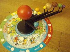 Une révolution autour du soleil et le début d'une grande leçon Montessori