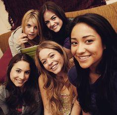 Troian Bellisario, Ashley Benson, Sasha Pieterse, Lucy Hale, and Shay Mitchell