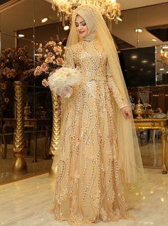 Buket Evening Dress - Gold - Pinar Sems Muslimah Wedding Dress, Hijab Style Dress, Muslim Wedding Dresses, Pakistani Wedding Outfits, Pakistani Dresses Casual, Bridal Dresses, Muslim Brides, Muslim Evening Dresses, Gold Evening Dresses