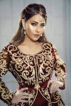 Moroccan Caftan, Gold Embroidery, Trendy Fashion, Womens Fashion, Dresses With Sleeves, Boutique, Textiles, Model, How To Wear