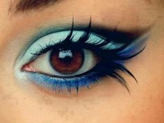 mermaid makeup...eyelashes are a Yes!