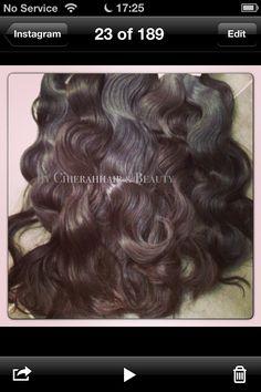 Peruvian hair   Haar type: body wave / big wave Kleur: zwart / lichtbruin / donkerbruin Extra info: 1 stuk weegt 100 gram. Machine inslag, dubbele laag. Haar valt niet snel uit. . U kunt kiezen vanaf 12 inch tot 26 inch.