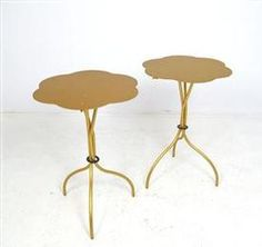 these collapsible side tables are so pretty!