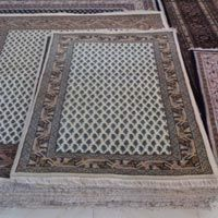 The #Carpets provided by Jmd Enterprises are simply the best & are offered at the best affordable prices in the market. For getting these carpets Visit: http://goo.gl/zXhMr7